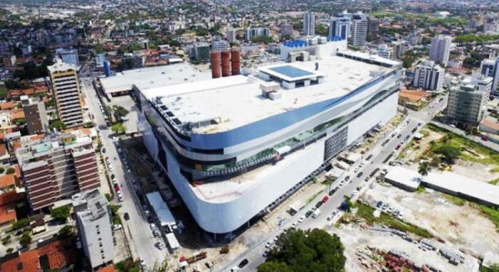 Olinda vai liberar  estacionamento em ruas no entorno do shopping